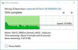 SMR/CMR Artikel WD Red 6 TB WD60EFAX beim Schreiben. Teil 1. Die Transferrate pendelt zwischen 216 MB/s ...