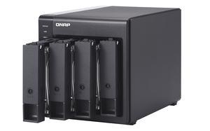 QNAP TR-004