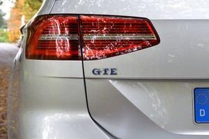 Auch VW kann Hybrid, das zeigt der Passat GTE Variant sehr deutlch