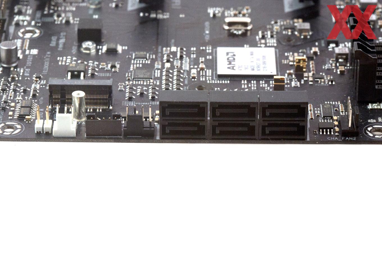 Die sechs SATA-Ports arbeiten direkt mit dem X470-Chipsatz zusammen.