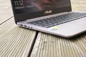 Beim UX3410U greift ASUS das typische ZenBook-Design auf