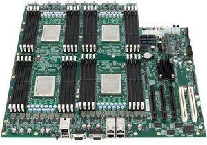 Mainboard mit Elbrus-8CB-Prozessoren