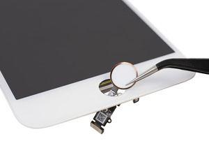 Apple iPhone 7 Plus Teardown by iFixit.