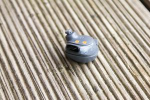 Im rechten Elite-Sport-Kopfhörer hat Jabra den äußerst präzisen Pulsmesser platziert