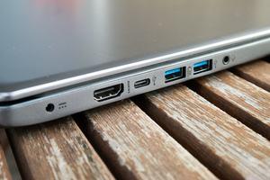 Das Acer Swift 3 (NX.GV7EV.001) bietet alle wichtige Schnittstellen, darunter auch einmal USB Typ-C
