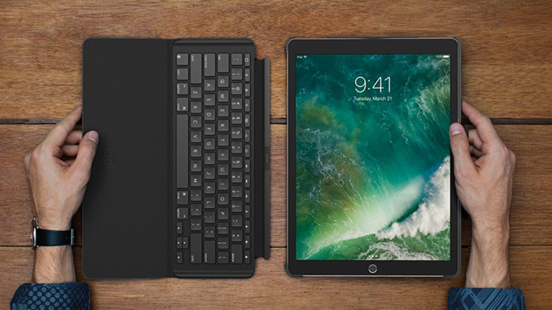 Slim Combo Logitech Bringt Beleuchtete Tastatur H 252 Lle F 252 R