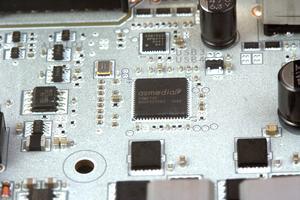 Die beiden USB-3.1-Gen2-Anschlüsse am I/O-Panel werden von ASMedias ASM2142 gesteuert.