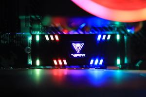 Review Patriot Viper VPR100 RGB NVMe SSD