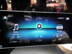 Mercedes-Benz MBUX: Die Menü-Navigation ist horizontal ausgerichtet, große und eindeutige Piktogramme sollen die Bedienung erleichtern