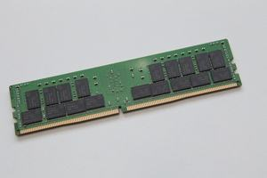 SK Hynix HMA84GR7CJR4N Registered DDR4 SDRAM