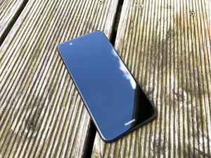 Optisch weicht das Huawei nova 2 deutlich vom Vorgänger ab