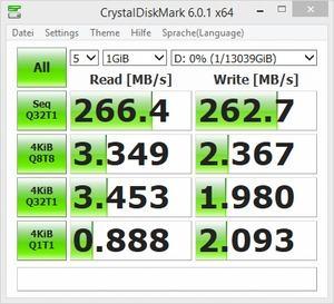 CrystalDiskMark - Seagate IronWolf 14TB