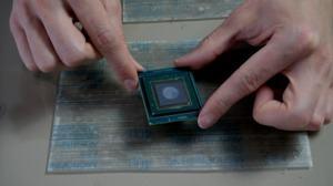 Abschleifen des Dies eines Intel Core i9-7920X