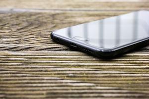 Das heimliche Highlight des ZenFone 4 verbirgt sich im unteren Rand: Die Lautsprecher klingen für ein Smartphone ausgesprochen gut