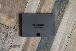 Überzeugen kann die Samsung SSD 860 QVO nur dann, wenn es um den Preis geht