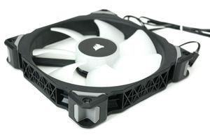 Corsair ML140 Pro RGB