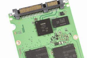 Samsung SSD 860 Series