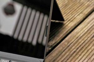 Die Lautsprecher des Transformer 3 Pro sind nach vorne gerichtet und bieten eine leicht überdurchschnittliche Qualität