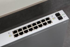 Ubiquiti UniFi Switch 16 150W