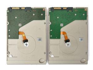 Seagate BarraCuda Pro 10TB und IronWolf 10TB - Unterseite