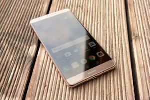 Viele Stärken, kaum Schwächen und eine sehr gute Kamera: Mit dem Mate 9 bringt Huawei sein bislang bestes Smartphone in den Handel