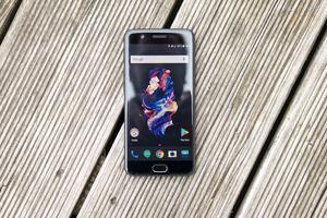 OnePlus hat sich für ein 5,5 Zoll großes Full-HD-AMOLED-Panel entschieden