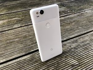 Das Pixel 2 ist das insgesamt bessere der beiden neuen Google-Smartphones
