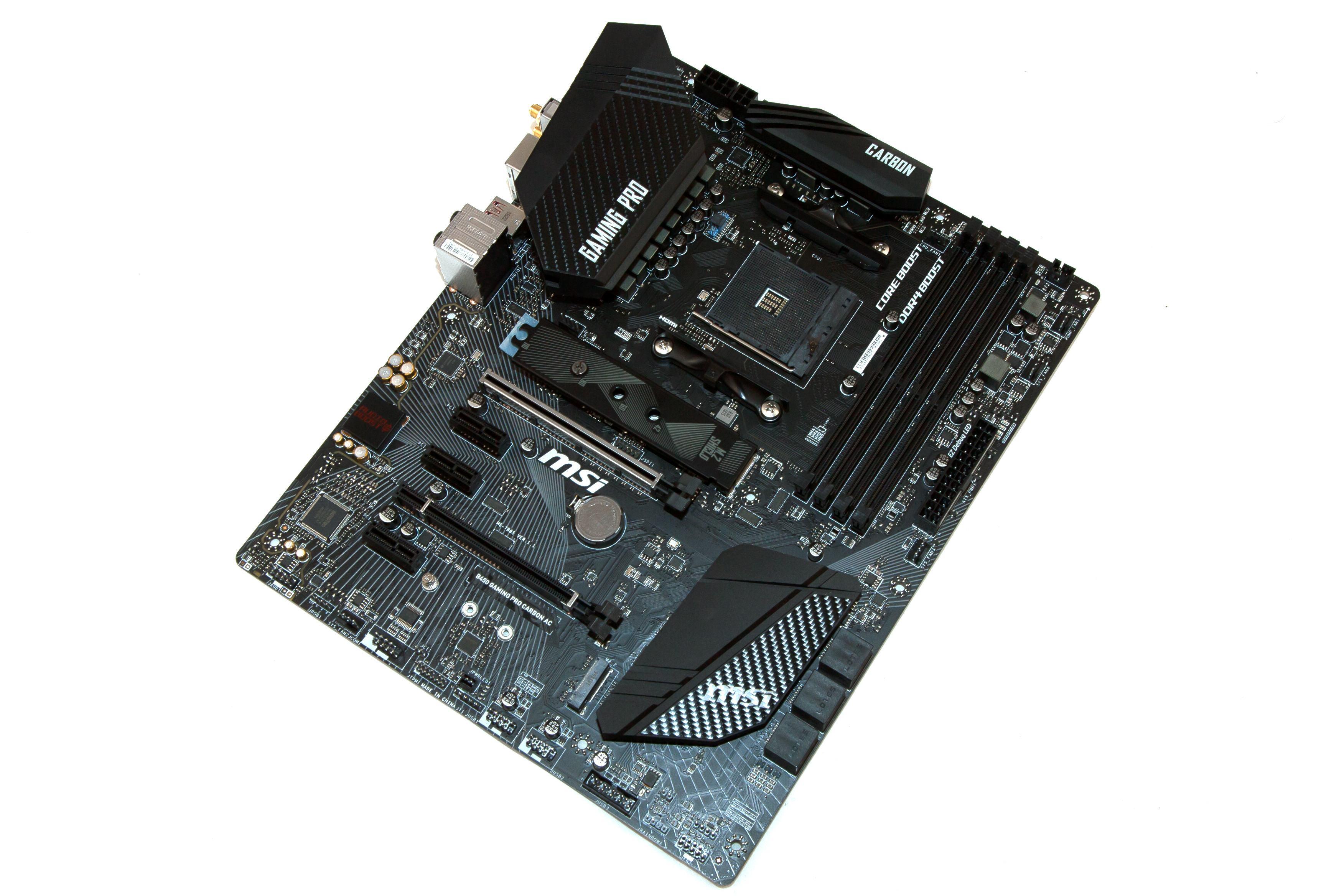 Das MSI B450 Gaming Pro Carbon AC in der Übersicht.