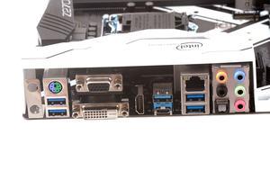 Das I/O-Panel beim ASRock Z270 Extreme4.