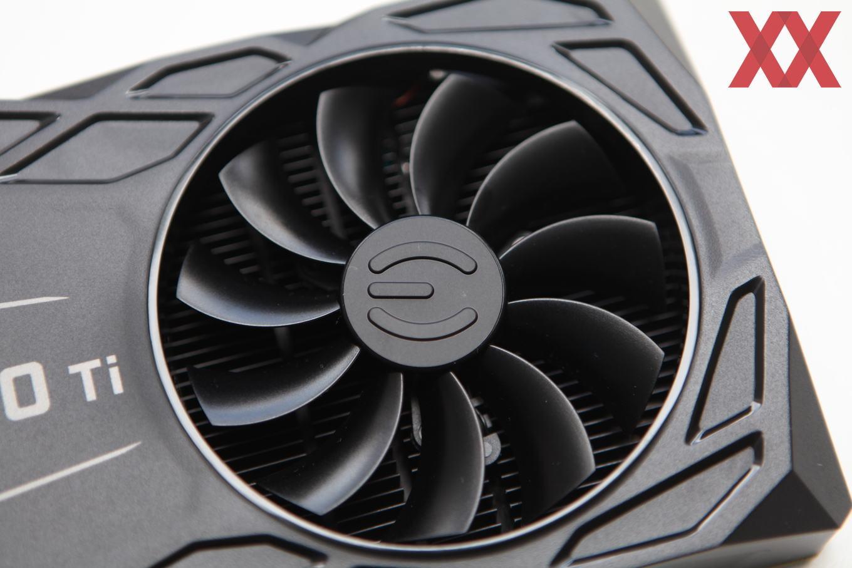 EVGA GeForce GTX 1080 Ti FTW3 Hybrid Gaming im Test