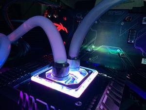 Intel Core i9-10900K mit alphacool-Wasserkühlung