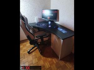 refurbished desk - i2r