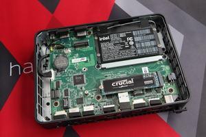 Intel NUC 11 Compute Element AV