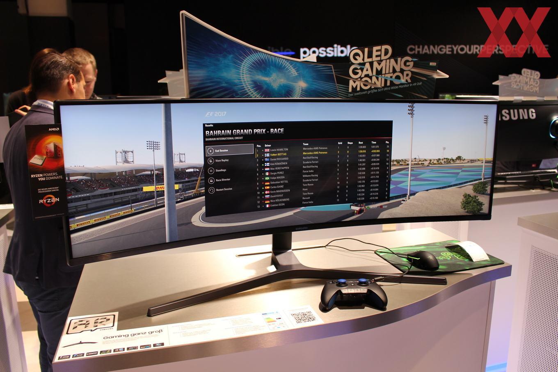 Samsung CHG100: QLED mit 100.100 × 10.10 Pixel auf 10 Zoll - Hardwareluxx