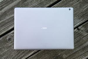 Huawei setzt auch beim MediaPad M3 Lite 10 auf viel Aluminium und eine überzeugende Verarbeitungsqualität