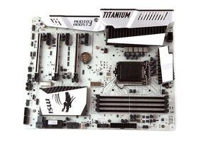 Das MSI Z170A MPower Gaming Titanium nochmal in der Übersicht.