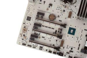 Die Erweiterungssteckplätze beim MSI Z170A MPower Gaming Titanium.