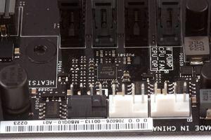 Zwei Stück von den ASP1103 kümmern sich um die RAM-Spulen.