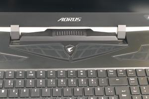 AORUS X9 DT