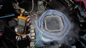 Intel Core i9-9900K unter LN2 und flüssigem Helium