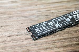 Intel SSD 760p
