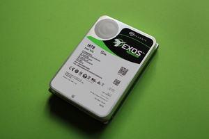 Seagate Exos X16 16TB SATA HDD ST16000NM001G
