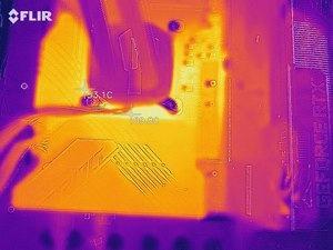Wärmebild vom VRM-Bereich beim ASUS ROG Maximus XIII Hero.