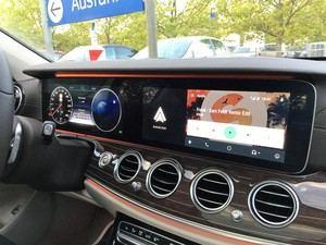 Das Widescreen Cockpit zieht von der Fahrertür bis in die Mitte und bietet eine überzeugende Darstellung