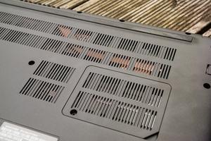 Das Kühlsystem ist gut zu erkennen und schlägt sich recht passabel