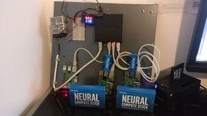 ML-Projekt von Christian Haschek mit Intels NCS