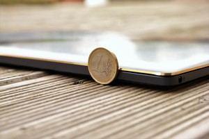 Gerade einmal 11,9 mm dick ist das ASUS ZenBook 3