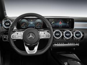 Mercedes-Benz MBUX: Das neue Infotainment-System nutzt zwei Displays und feiert in der kommenden A-Klasse seine Premiere (Bild: Mercedes-Benz)