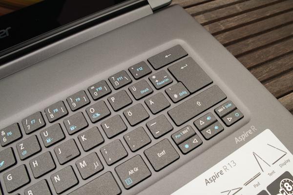 Хорошая точка срабатывания, но некоторые клавиши мелкие, и их слишком мало