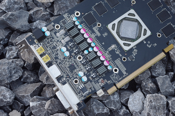 sapphire r9 285 compact-03